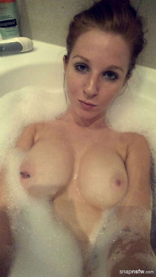 relaxing in the bath from messy jessie snapchat
